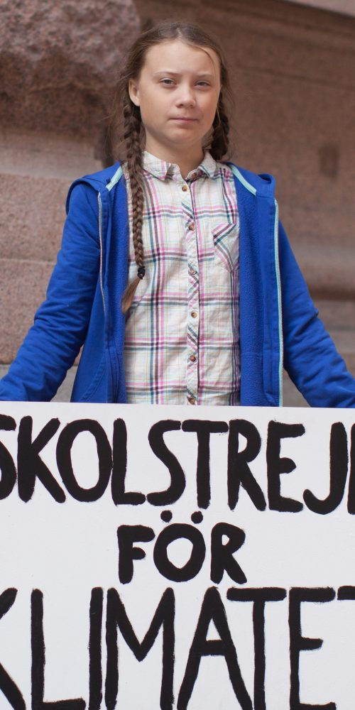 In August, outside the Swedish parliament building, Greta Thunberg started a school strike for the climate. / Photo credits: Anders Hellberg / 2018 / CC BY-SA 4.0