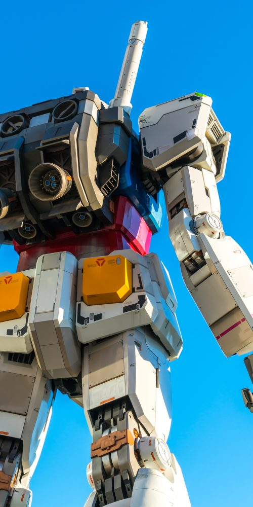 Full size Gundam Performances Outside DiverCity Tokyo Plaza, Odaiba, Tokyo, Japan. It is 18m tall The sculpture of famous anime franchise robot, Gundam / Photo credits: jannystockphoto / 2015 / Source: depositphotos.com, ©2019