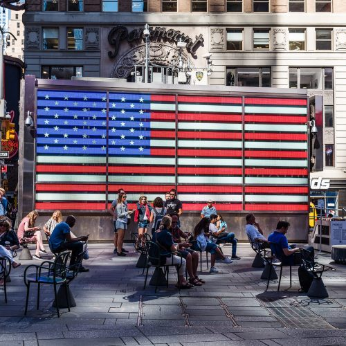 US armed forces recruiting Station in Times Square in Manhattan / Photo credits: JJFarquitectos / 2018 / Source: depositphotos.com, ©2019