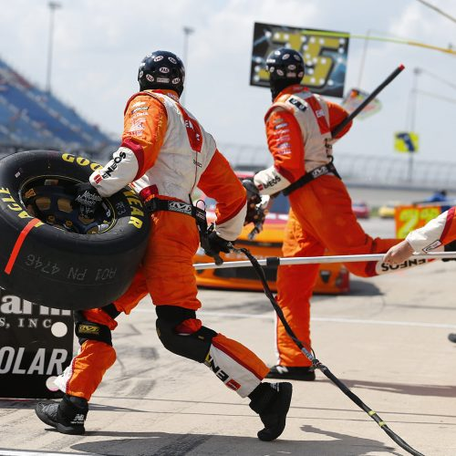 Pit stop for the Overton's 300 at Chicagoland Speedway / Photo credits: actionsport / 2018 / Source: depositphotos.com, ©2019