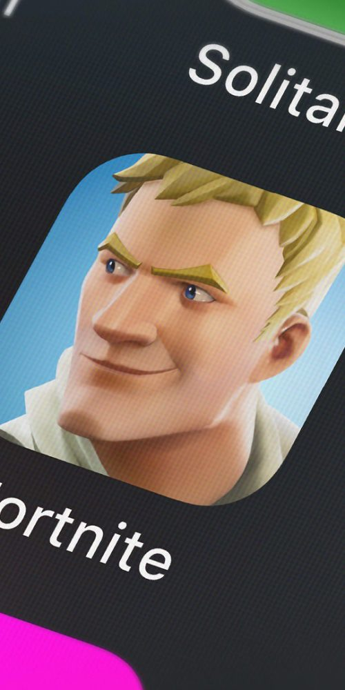 Screenshot of the mobile app Fortnite from Epic Games / Photo credits: opturadesign / 2018 / Source: depositphotos.com, ©2019