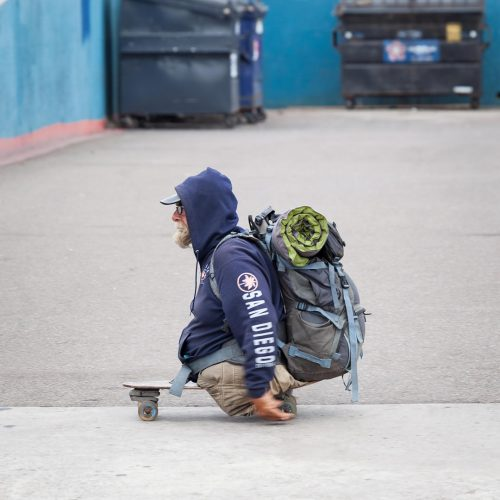 Homeless at Ocean Beach / Photo credits: mcdonojj / 2018 / Source: depositphotos.com, ©2019